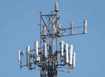 Antenna di telefonia mobile: qualcuno ha scazzato anche di grosso . . .